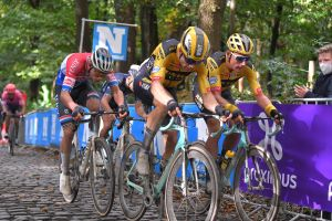 <div>Wout van Aert: 'Van der Poel would rather that I lost than he won'</div>