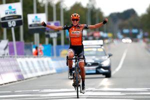 Chantal van den Broek-Blaak takes solo win at the Tour of Flanders