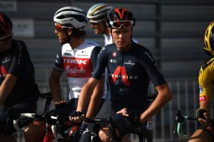 Chris Froome leads protest delaying start of Vuelta a España stage 11