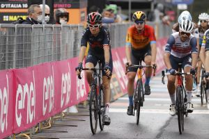 <div>Ineos give medical update on Geraint Thomas following Giro d'Italia crash</div>