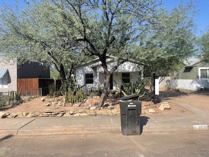 2520 N Mitchell St, Phoenix AZ 85006 wholesale property listing home for sale