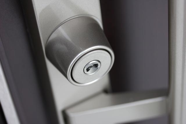防犯対策に伴う一戸建ての鍵交換は近くの鍵屋で