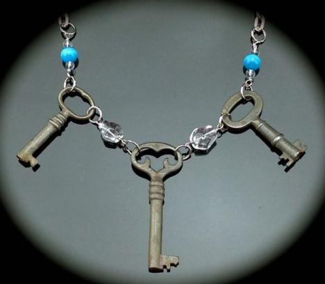 Antique Skeleton Key Necklace w/ Fancy Heart Key $47