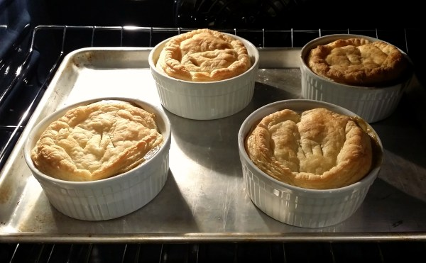Baked vegan pot pies with golden crusts