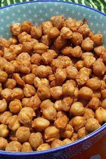 smoky roasted chickpeas