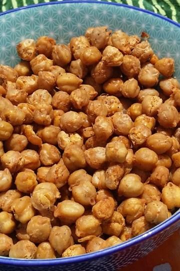 smoky roasted chickpeas