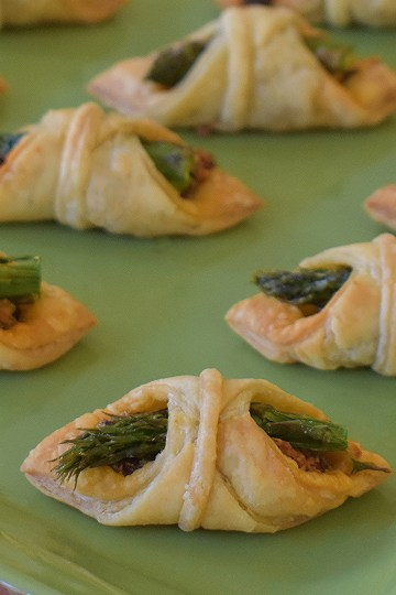 sun dried tomato asparagus appetizers