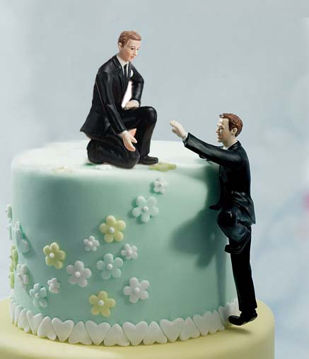#News: Yes to Same-sex marriage - A person standing in front of a wedding cake - Wedding cake topper