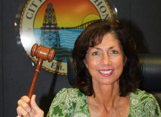 Michelle Coldiron is selected mayor of Marathon