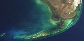 DISASTER PLAN - A glass of water - Florida Keys
