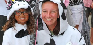 David Sloan's Bucket List and the Cow Key Zero K this Weekend - A group of people wearing costumes - Cow Key