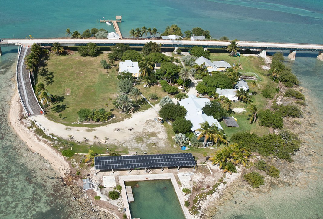 Governor makes first official visit to the Keys - A bridge over a body of water - Pigeon Key Foundation & Marine Science Center