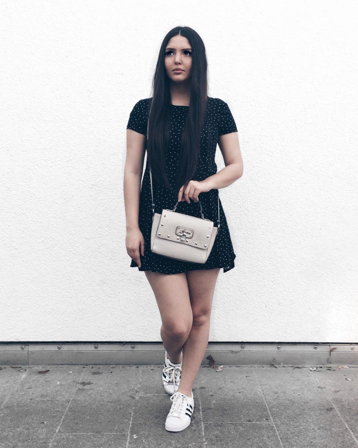 Adidas look preto e branco