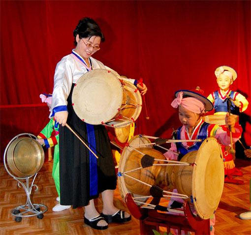 Instrumento de percusion Janggo.