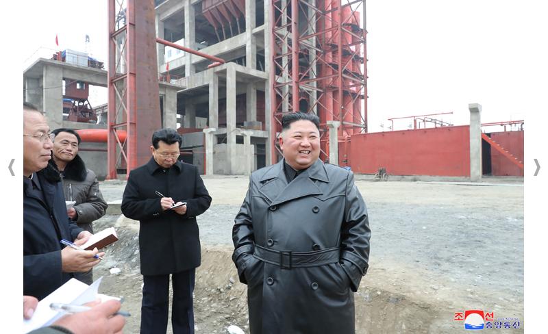 Recorrido por la fábrica en construcción de abono fosfórico en Sunchon.