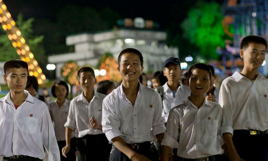 La juventud coreana se esfuerza por su país.