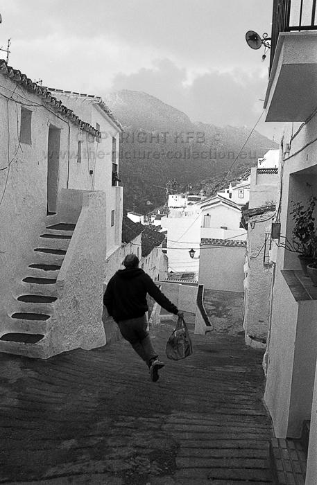 MAN RUNNING SAN ROQUE  SPAIN