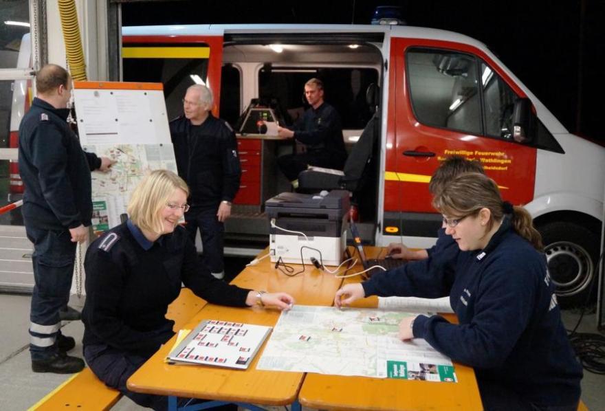Funk- und Fahrübung der Freiwilligen Feuerwehr der Samtgemeinde Wathlingen
