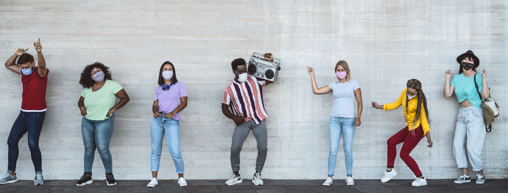 Happy,Friends,Wearing,Face,Mask,Listening,Music,With,Vintage,Boombox