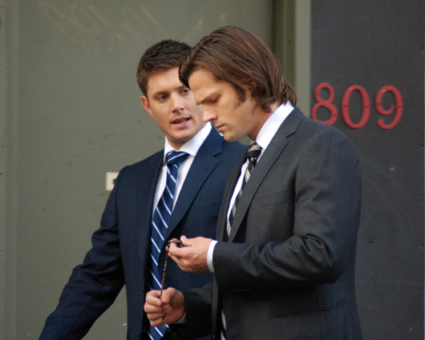 Jensen Ackles & Jared Padalecki filming in 2011.