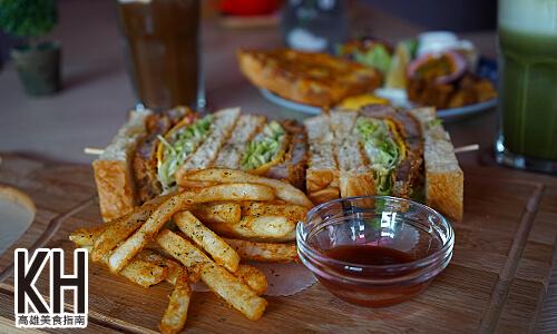 《暖暖輕食坊》日式胡麻炸豬排三明治