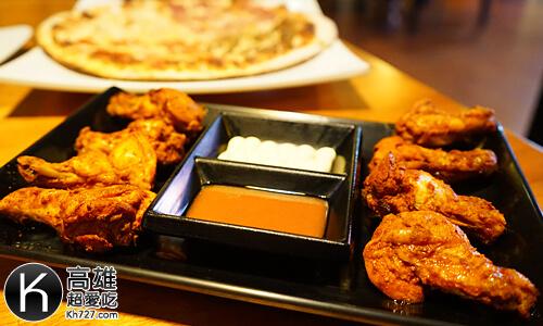 《搖滾披薩Pizza Rock》香烤小翅腿佐自製法式辣味醬