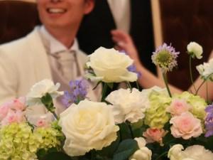 バラ 結婚式でのアレンジメント