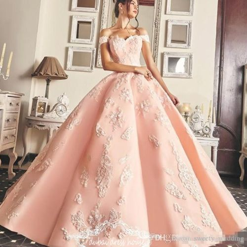 Charming Pink Ball Gown Quinceanera Dress Sexy Petals Appliques Long Prom Evening Gowns Saudi Arabic Formal Party Dress