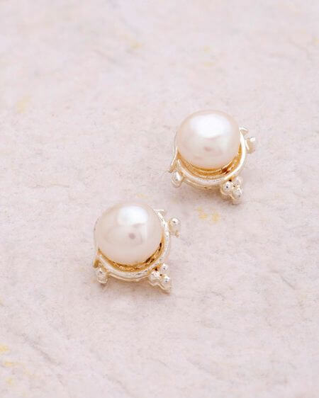 Pearl Adorned Dainty Stud Earrings