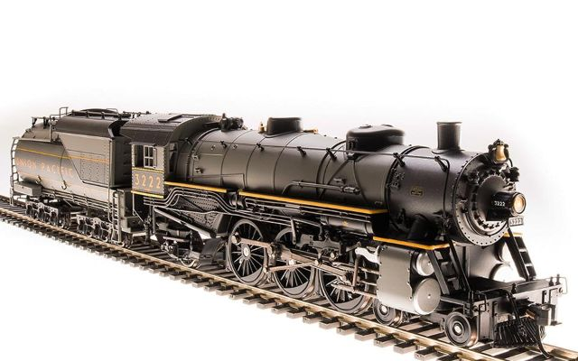 Broadway Limited 5612 HO Union Pacific Light Pacific 4-6-2 Two-tone Gray