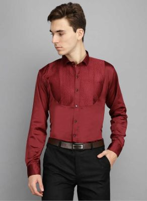 Men Kingsmode Maroon Regular Fit Party Wear Shirt