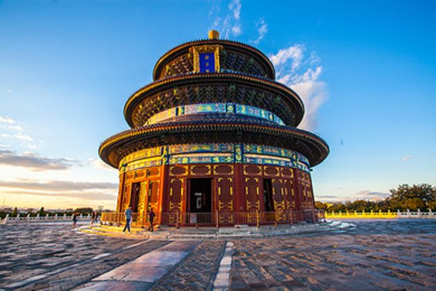 Stay 4 nights at Beijing Five-star Sofitel Forbidden City + Chairman Mao Memorial Hall + Temple of Heaven + Prince Gong Mansion + Badaling Dingling Tomb