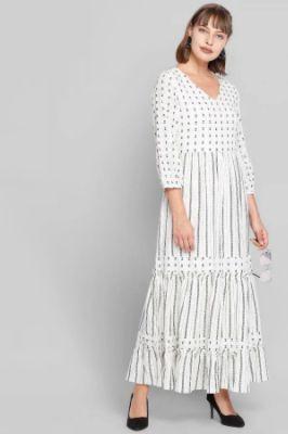 Ecru Geometric V-Neck A-Line Puff Sleeves Gown