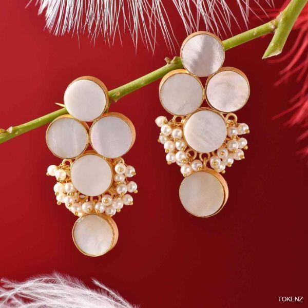 Grapes Pearl Cabachon Earrings