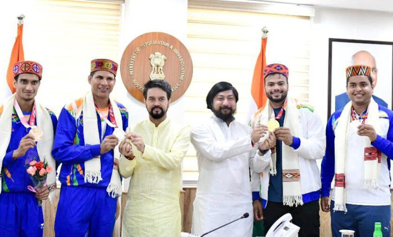 para athlete came back to india after winning medals in tokyo Paralympic