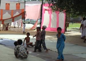 28-11-13 Desh Videsh - Muzaffarnagar