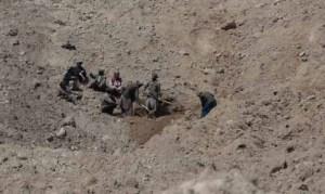 08-05-14 Desh Videsh - Afghanista nmudslide (web)