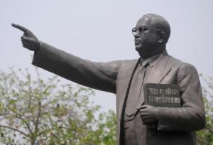 15-04-15 Sampaadakiya - Ambedkar