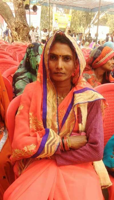 Shailkumari-a-two-time-pradhan-from-Barsada-Bujurg-panchayat-Banda-UP.-Photo-by-Khabar-Lahariya