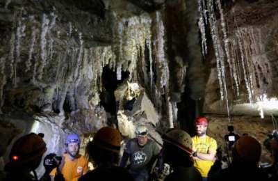 Israelis, world longest, salt cave