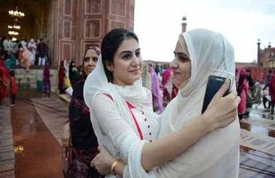 Pakistan, nation, celebrate, Eid-ul-Fitr