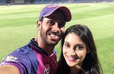 Manoj Tiwary, wife, Susmita Roy, Flop Cricketers XI