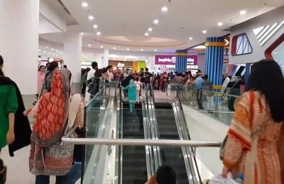 FBR, shopping malls, outlets, Karachi