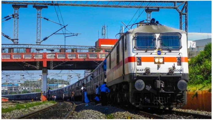 2600 special trains to run in next 10 days, 36 lakh passengers will be able to travel: Ministry of Railways