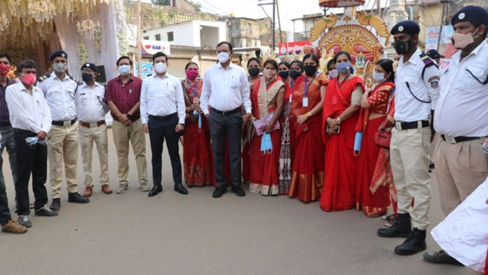 seoni collector NGO and NCC, NSS students