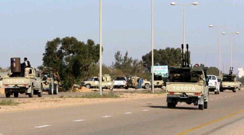 الطريق الساحلي بين مصراتة وسرت يُعاد فتحه لأول مرة منذ سنتين