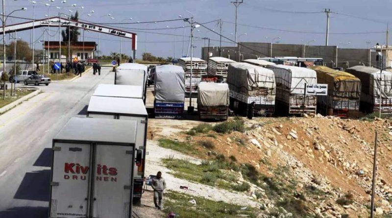 على الحدود السورية الأردنية أكثر من ألف شاحنة بضائع عالقة