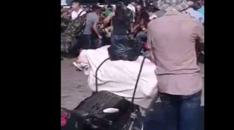 إطلاق رصاص لتفريق المسافرين في كراجات البولمان في ريف حماه في سوريا