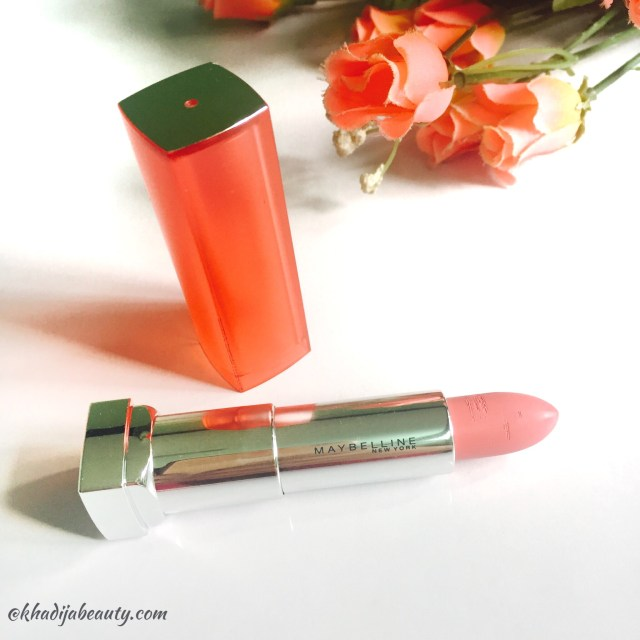 maybelline-vivid-matte-colorsensational-lipstick-vivid-10-review-khadija-beauty-1