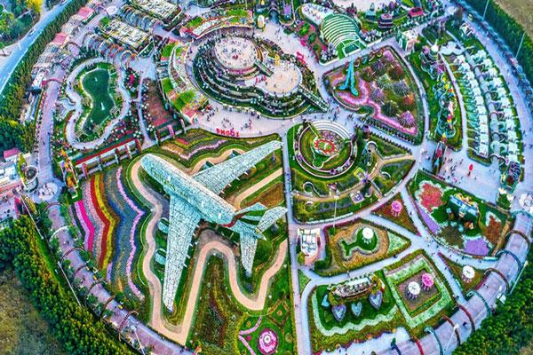 The Garden of Miracles , Dubai Flower Garden